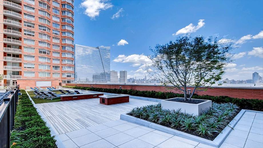Image of Bluebird Suites in Jersey City