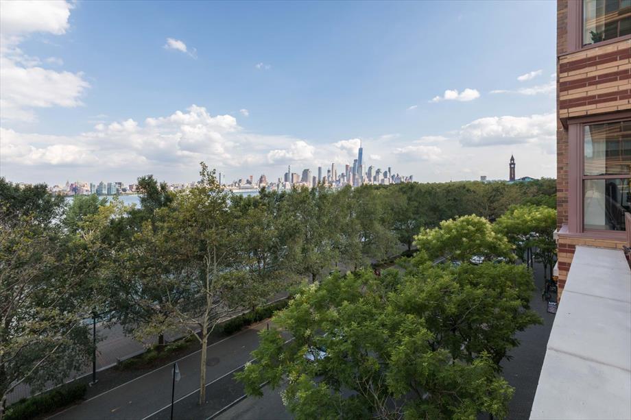 Image of Bluebird Suites in Hoboken NJ